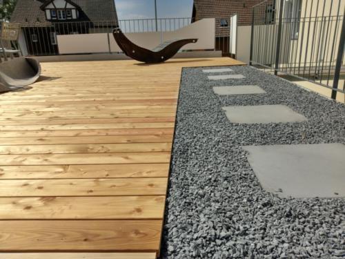 Neuer Terrassenboden